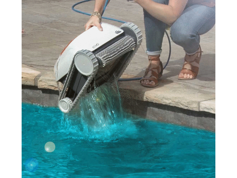 Pool360 dolphin echo m1 ig robotic pool cleaner for Avis robot dolphin poolstyle m1